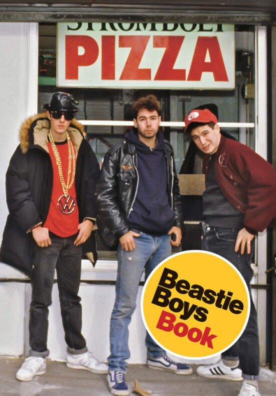 Buch-Tipp, Musiker-Biographien, Bücher, Musiker, Hörbücher, Biographien, Unkonventionell erzählt, humorvoll, informativ: Das Beastie Boys Book erzählt die Lebensgeschichte der bis heute erfolgreichsten und einflussreichsten Hip-Hop-Band aller Zeiten.   (c) Random House