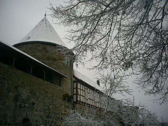 Burg Herzberg - Eines von vielen Ausflugsziele trotz Corona: Die schönsten Burgen und Schlösser in Nordhessen | (c) Pixabay