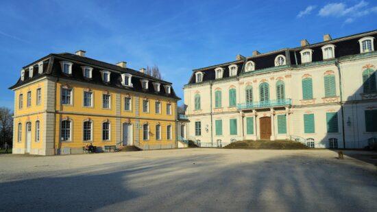 Schlösser und Burgen als Ausflugsziel: Schloss Wilhelmsthal in Calden (c) webandi auf Pixabay