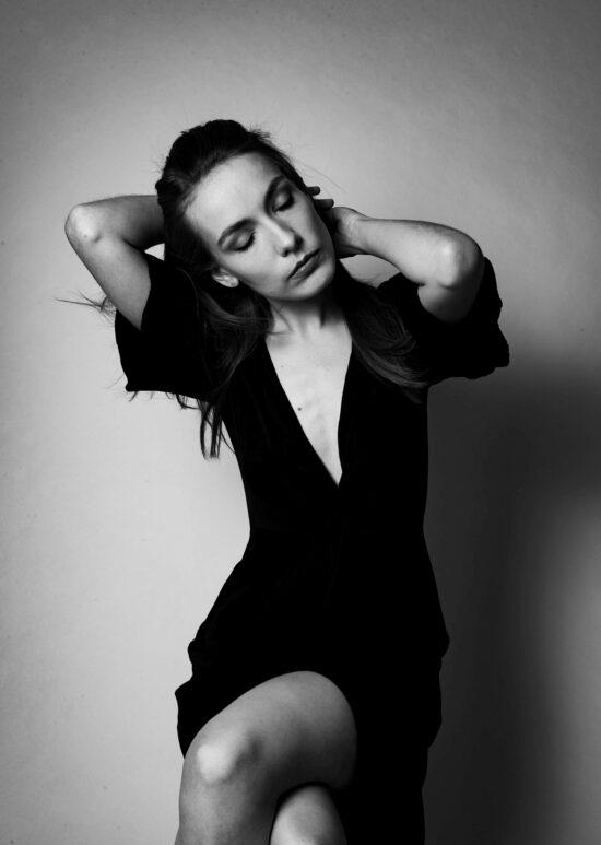 Eine der Künstler*innen in der Februar-Ausgabe des Press Play-Livestreams: Maria Basel | (c) Jeng Mercado