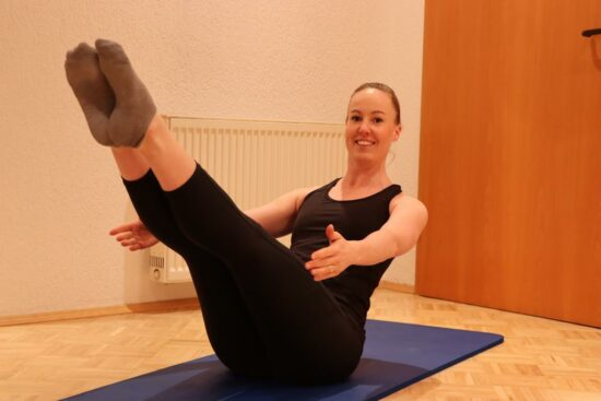Mit Online-Pilates durch den Corona-Lockdown, so funktioniert's