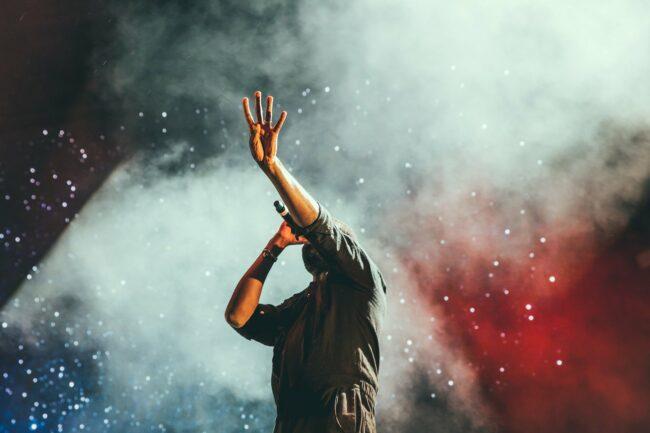 Nur Live is Life! - Der Wildwechsel-Terminator bietet Dir die Möglichkeit, mit wenig Zeitaufwand - kostenlos Live-Streams, Konzerte, Festivals und Open Airs zu bewerben! - Auch außerhalb Deiner Filterblase!