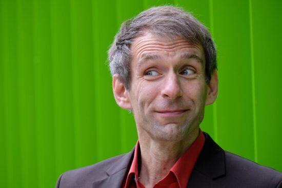 Einer der drei Künstler bei der Warburger Kabarettnacht: Thomas Phillipzen | Foto: Pressefoto