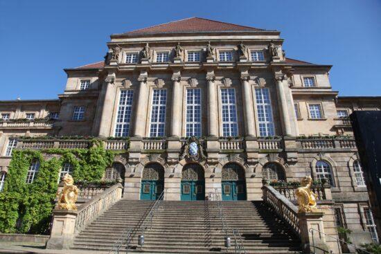 Rathaus Kassel - (c) Christian Bueltemann für Pixabay
