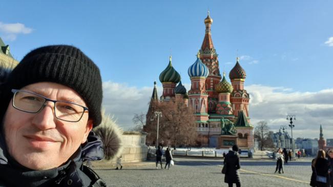 Stefan Heilemann ist oft und gerne in Moskau. Deshalb organisiert er zusammen mit seiner Frau Julia Onichtchenko eine Vatertagsreise nach Moskau, an der Du teilnehmen kannst. Dabei kannst Du dir auch die  Basilius Kathedrale auf dem Roten Platz anschauen. | (c) Stefan Heilemann