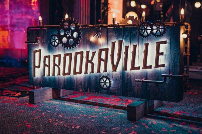 Das Parookaville festival wird auf Juli 2022 verschoben. Tickets können ohne Gebühr umgeschrieben werden oder gegen ihren Preis zurückgegeben werden.   Parookaville (c) Foto Robin Böttcher