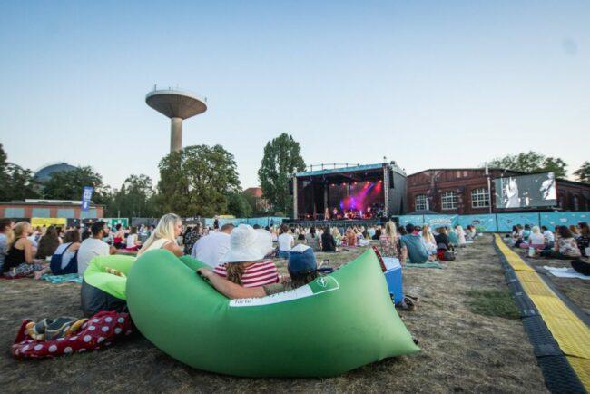 Picknick-Konzerte Paderborn: Chilliges Live-Erlebnis im Schloßauenpark!   (c) Picknick-Konzerte.de