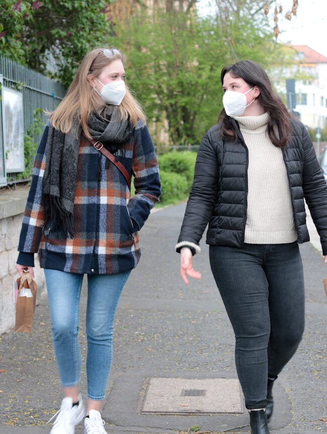 Date for a walk: Mit dem Projekt namens »Date for a Walk« bietet die Evangelische Studierendengemeinde Kassel die Möglichkeit, trotz Pandemie Freundschaften zu schließen.   (c) Uni Kassel
