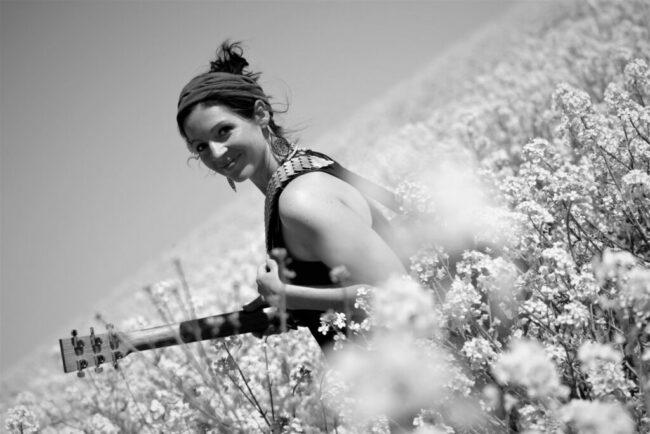 Auch die wunderbare Nadine Fingerhut ist bei  »Musik in Korbach«  natürlich mit dabei! | (c) Elke Kubb