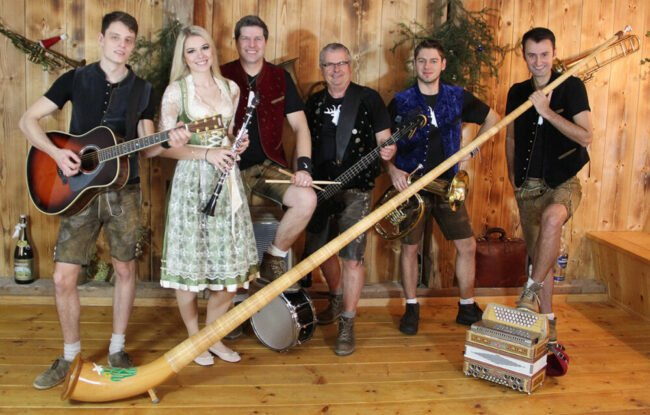 Auch die Party-Band Klostergold soll auf der Warburger Oktoberwoche - wie gewohnt - die Gäste begeistern | (c) Klostergold
