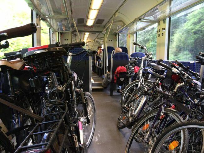 Zugreisen - NVV Freizeitkarte (c) Pixabay