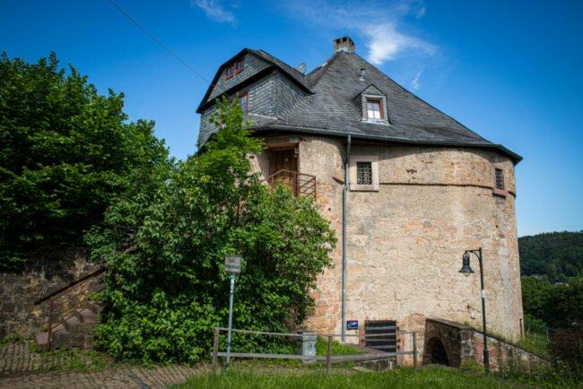 Der Marburger Hexenturm soll eine der wichtigsten Orte für Hexen der Region gewesen sein. Auch hier warten spannende Infos. | (c) Patricia Graehling