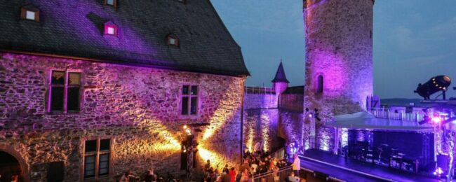 Die Schlossfestspiele Biedenkopf sorgen auch dieses Jahr für musikalische Unterhaltung.   (c) Schlossfestspiele Biedenkopf