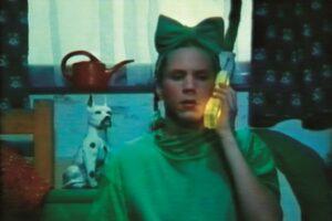 Bjørn Melhus (DE) / WEIT WEIT WEG (1995) Videostill, © Bjørn Melhus