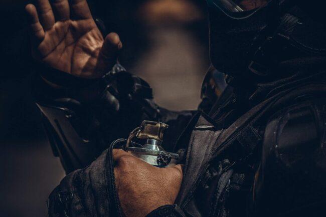 50 Jahre lang haben linksradikale Oppositionelle das kolumbianische Militär bekämpft, um die politische Korruption und Drogenkartelle abzuschaffen. Der Film begleitet zwei ehemalige Mitglieder der FARC auf ihrer Suche nach Kolumbiens Geheimnissen. | (c) pixabay
