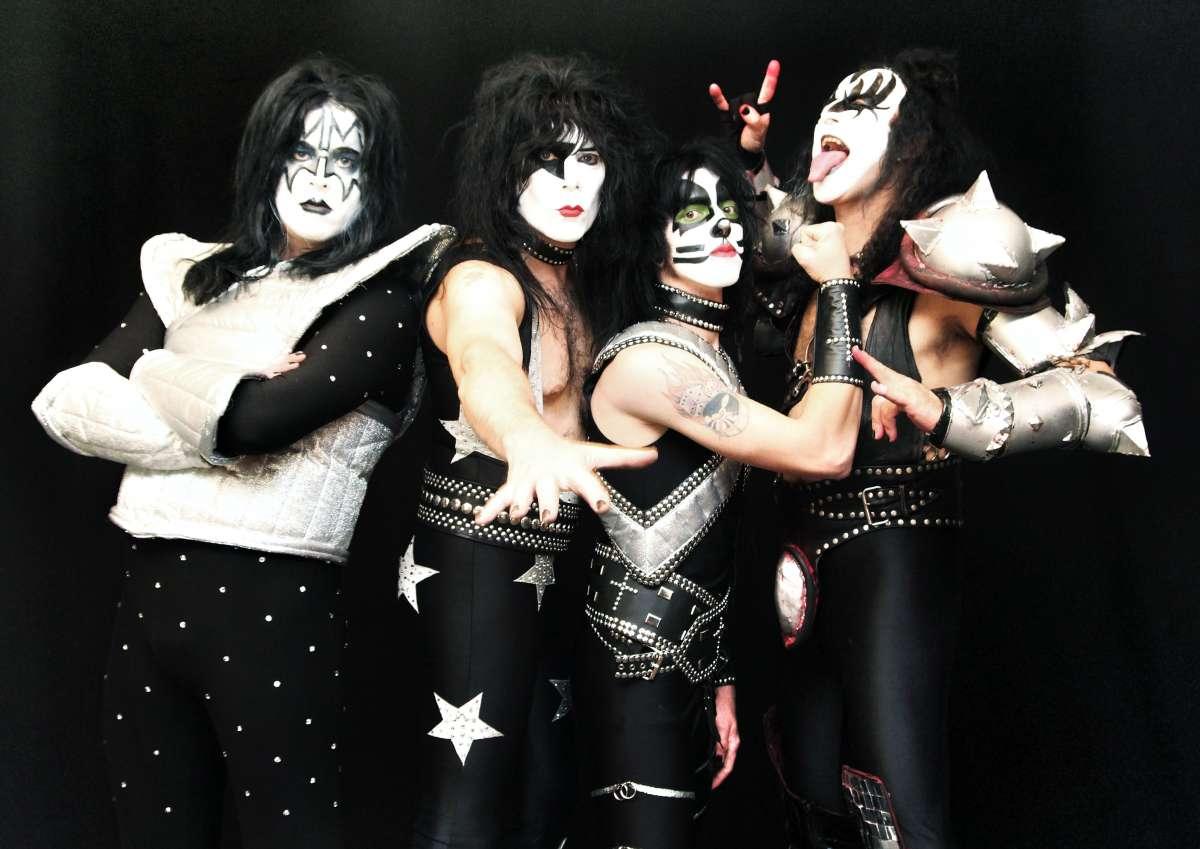 KISS-Tribute - Kissin Time - Billard Café Kö - Korbach