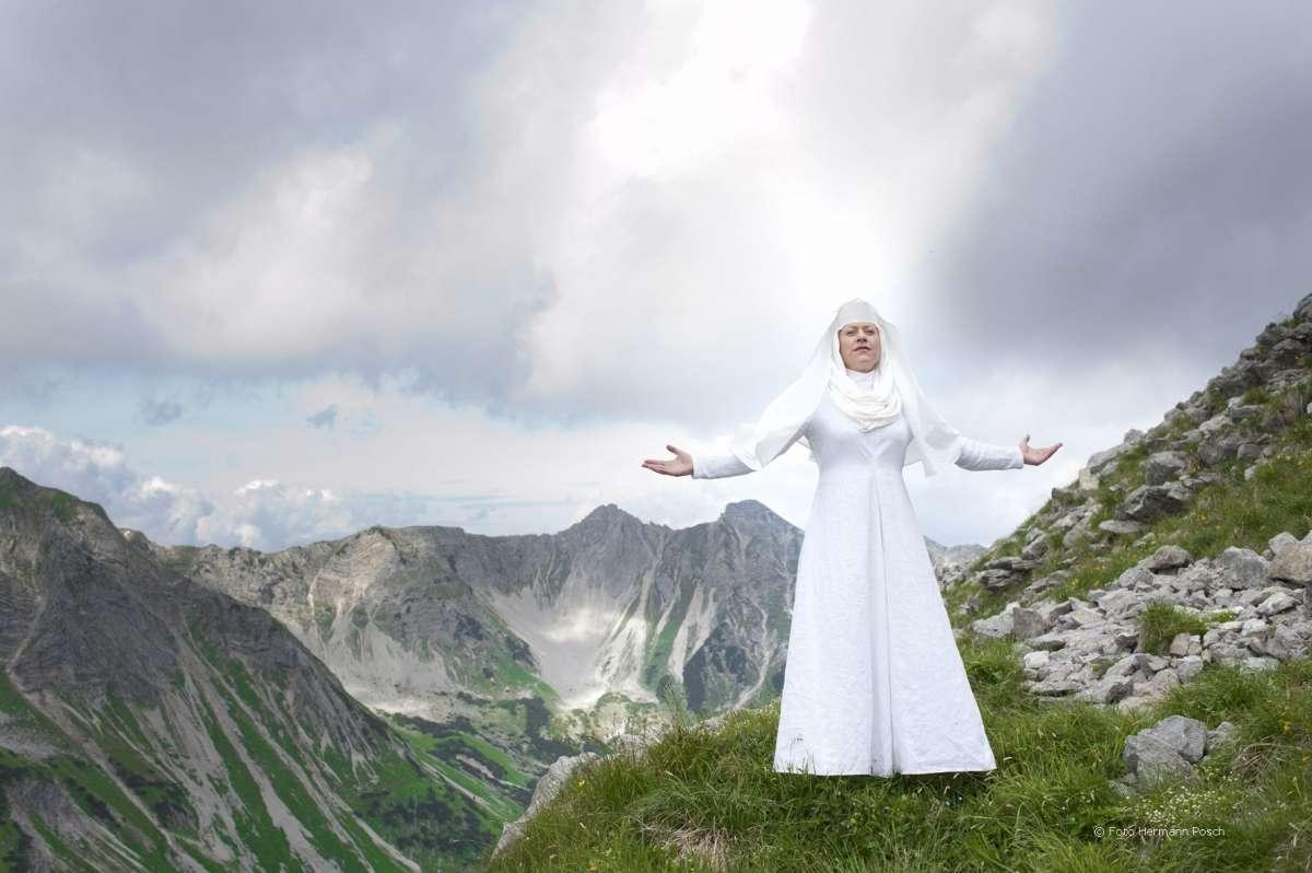 Hildegard von Bingen - Die Visionärin - Stadthalle  - Beverungen