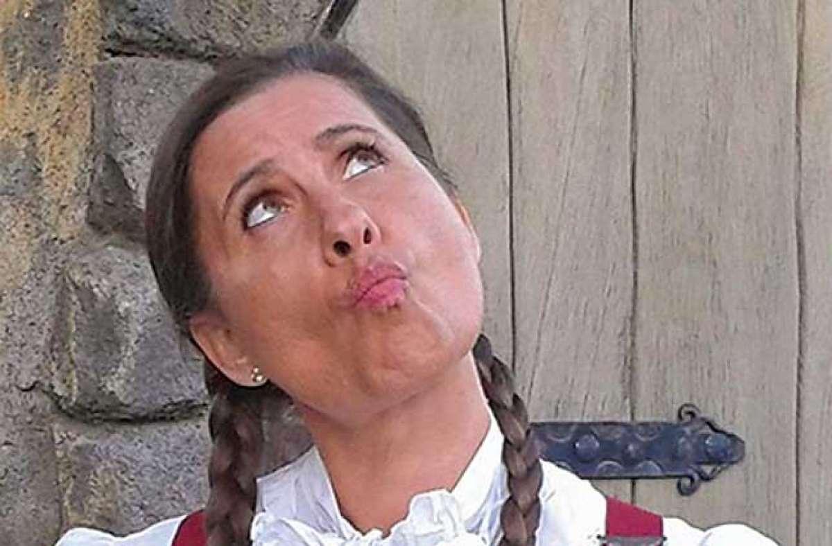 Kirsten Stein mit Ihrem Märchenkoffer