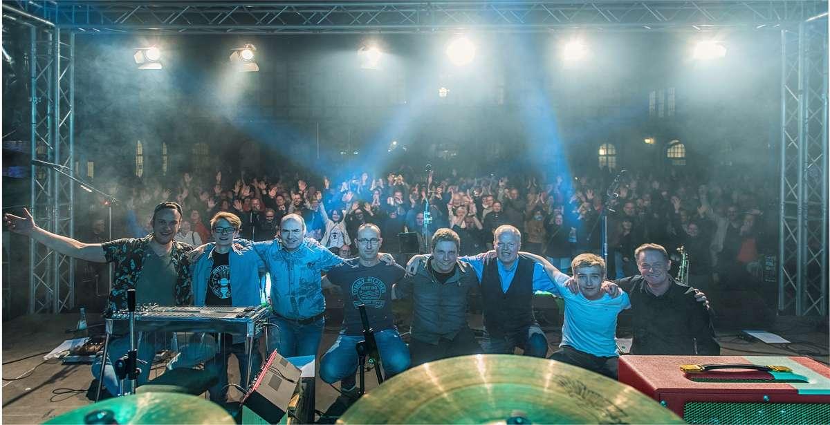 A Tribute To Dire Straits - dIRE sTRINGS - Kulturwerkstatt  - Paderborn