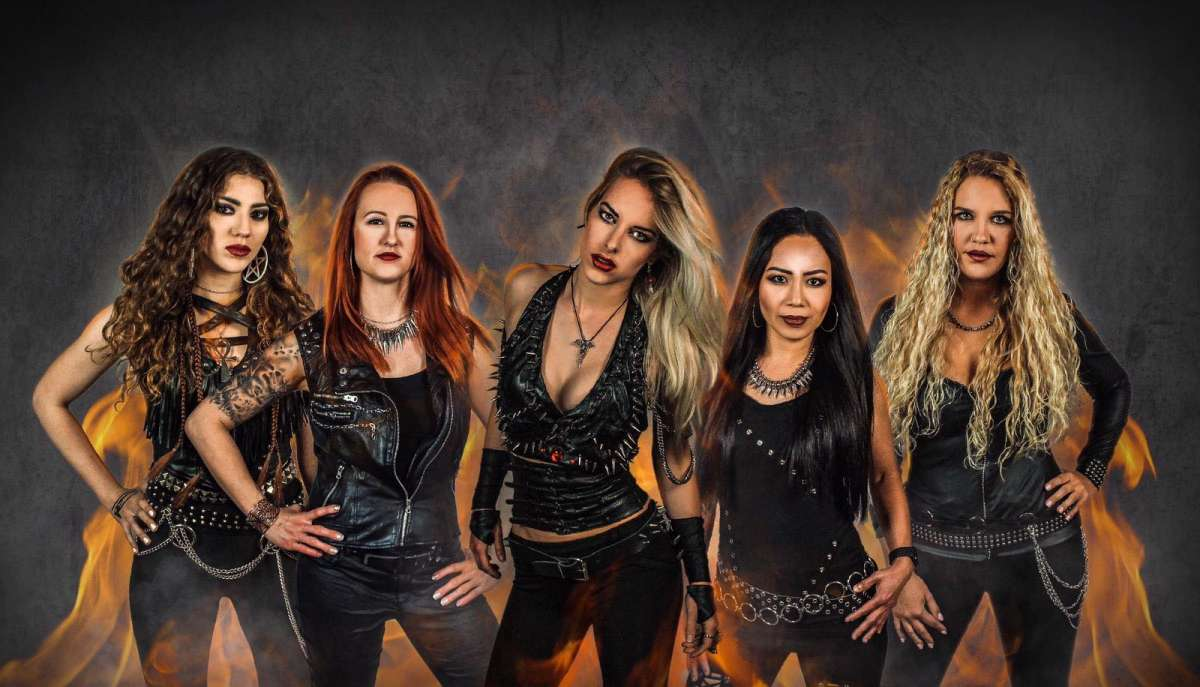 Double Headliner Show - Burning Witches, Tanith u. Support - Goldgrube  - Kassel