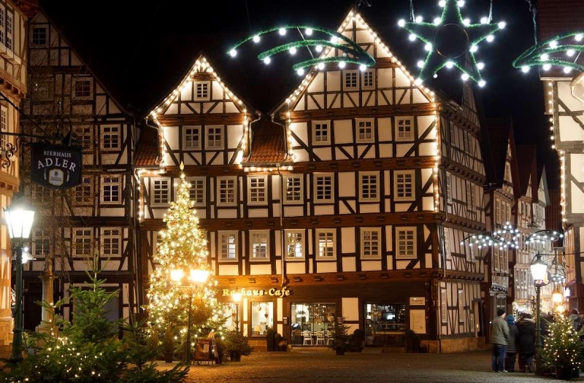 Weihnachtsmarkt im Winterwald - Marktplatz  - Melsungen