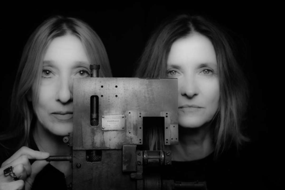 D:uel - Claudia Brücken und Susanne Freytag performen die Musik von Propaganda - DAS BETT - Live Musik Club - Frankfurt a. M.