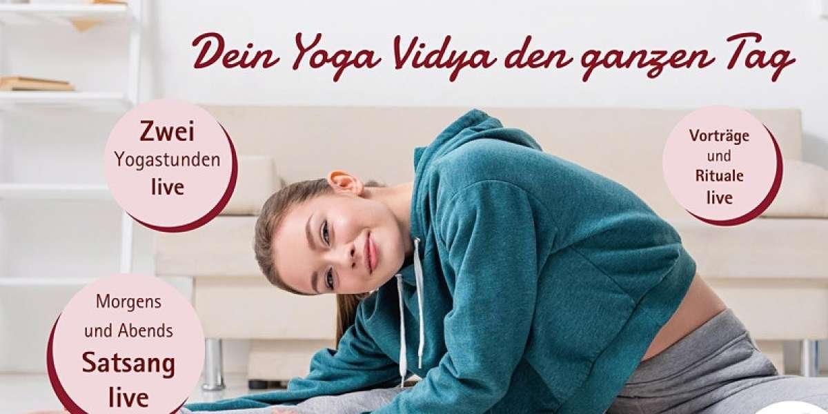Live Yogastunde: täglich 9:15 und 16:15 Uhr - Wechselnde Yogalehrer - Yoga Vidya - Horn-Bad Meinberg