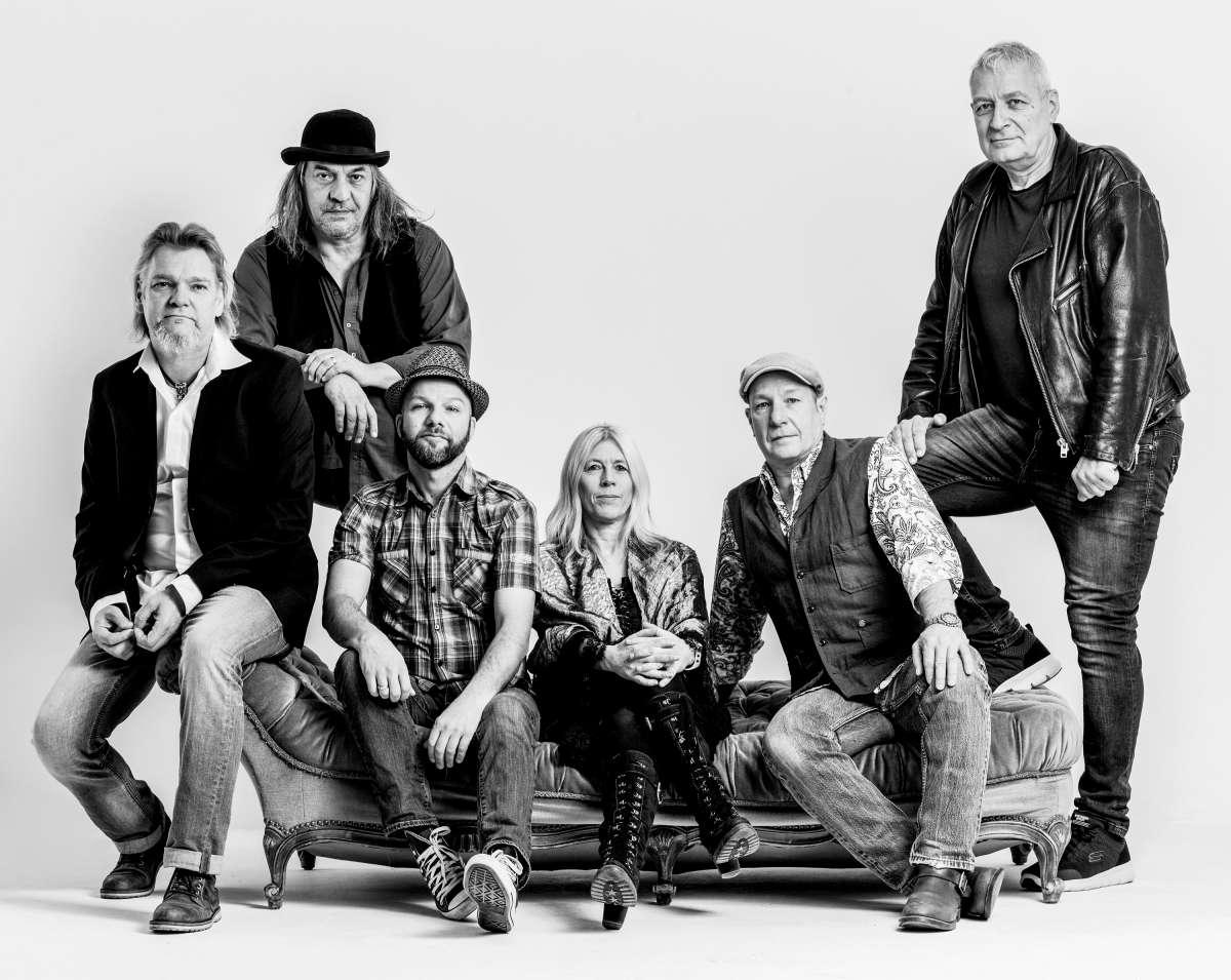 Rocknacht in Hann. Münden mit The Chain und Albatross!